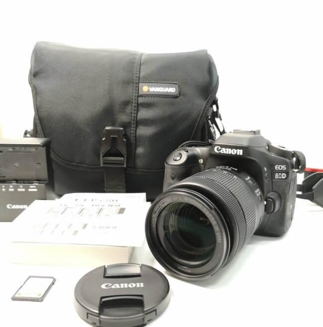 カメラは専門のスタッフが買取致します!